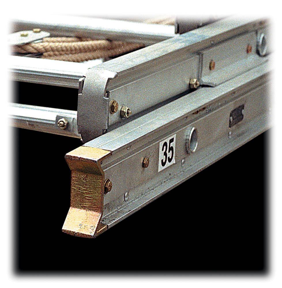 Calico Ladders: Alco-lite PRL-14 Aluminum Roof Pumper Ladder
